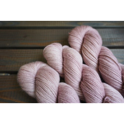 Merino DK Hightwist Old English Rose